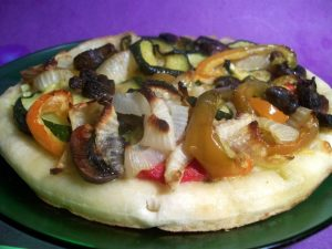 grilled vegetable pesto pizza